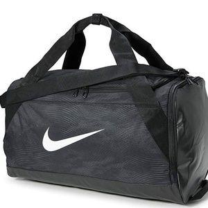 Nike Brasilia Size SMALL Gym Travel Duffel Bag NEW